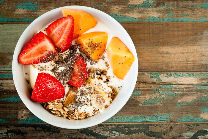 yogurt-fruit-chia-bowl