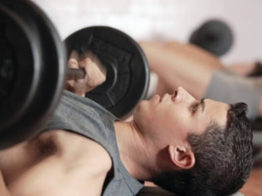 Kepentingan-rehat-di-antara-senaman-di-gym2